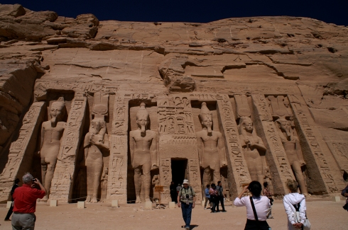 Temple of Nefertare shows the Queen almost as large as Rameses II